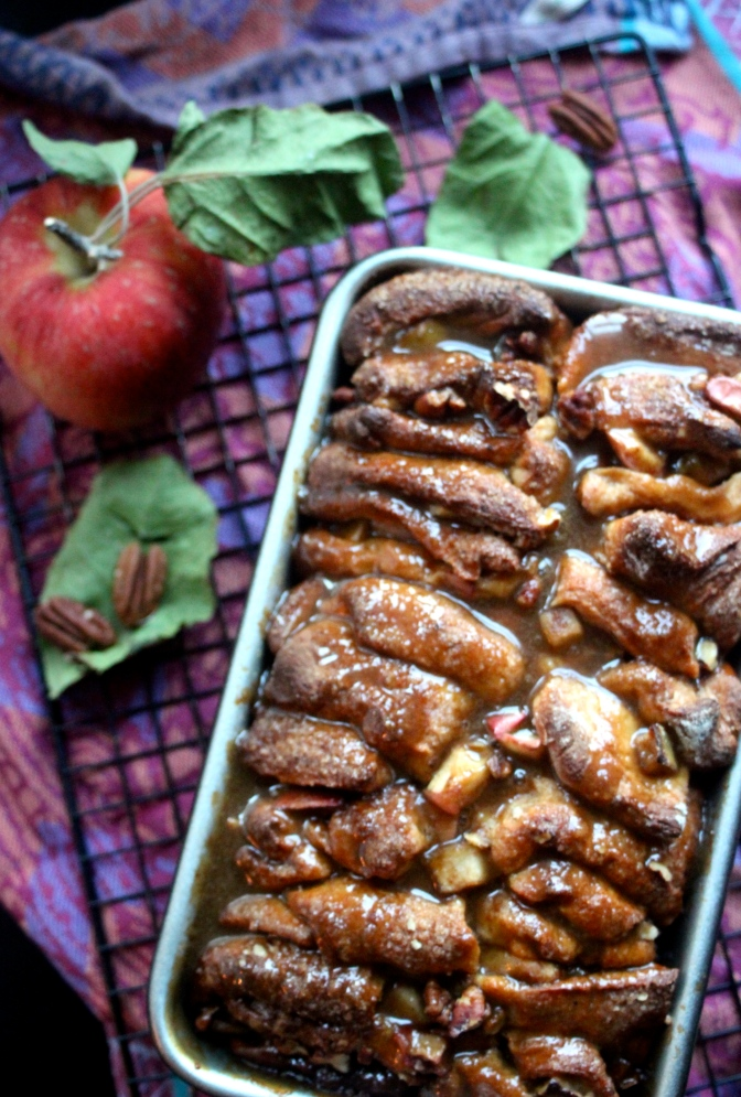 Harvest Apple Pull Apart Bread